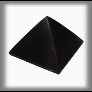 Salts Pyramida Šungit 6 x 6 cm